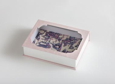 窓付きブック式ボックス