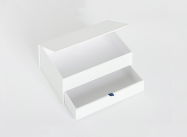 ブック式と引出しが一体になったボックス