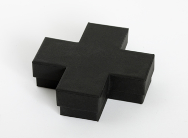クロス型のボックス