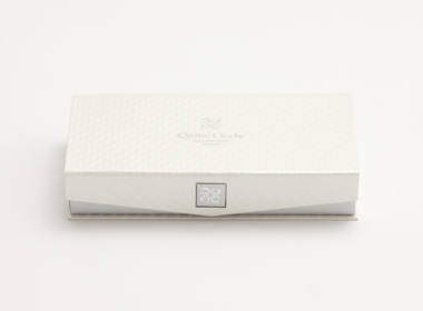 留め具が可愛いボックス