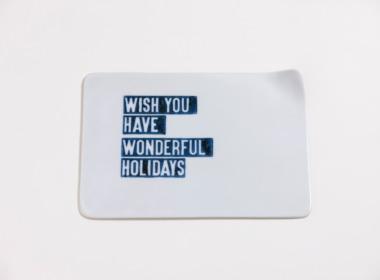 テーブルウェアクローゼット クリスマスレタープレート ウィッシュユーハブワンダフルホリデー クリア M